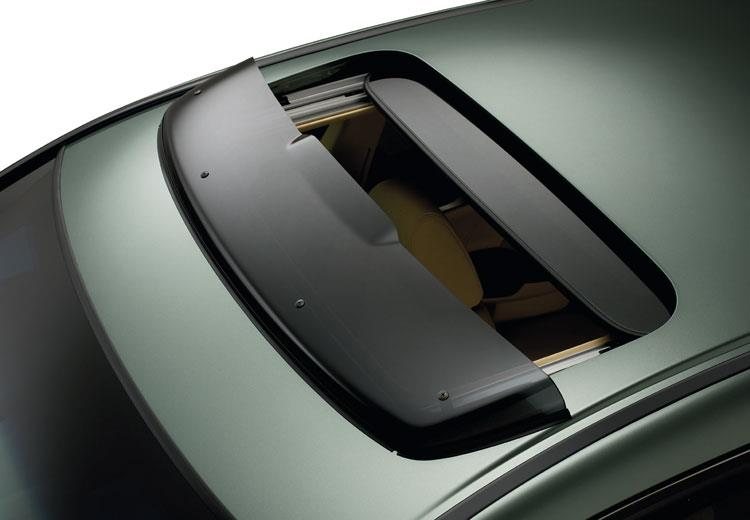 سانروف (Sunroof) یا مونروف (Moonroof) :: وان کارسانروف (Sunroof) یا مونروف (Moonroof)